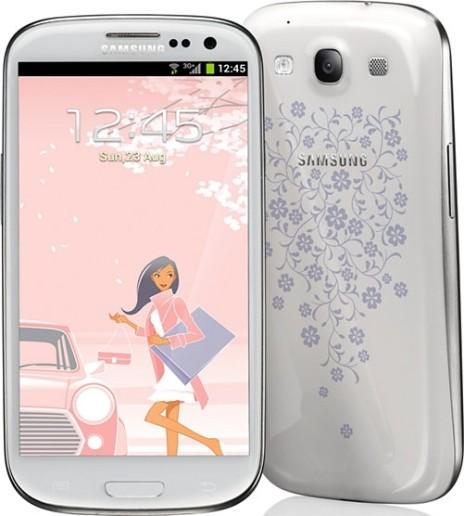 Белый Samsung Galaxy S III La Fleur
